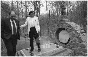 Jože Pučnik in Ivan Kramberger, Negova, 1990.