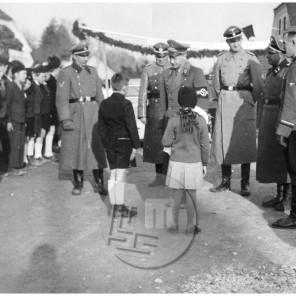 569: Gauleiter Sigfried Überreither na Raki, 18. 3. 1942, foto Veit.