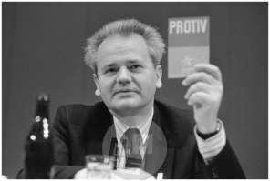 TS 20990-34, Glasovanje Slobodana Miloševića, predsednika republike Srbije, na zadnjem 14. izrednem kongresu Zveze komunistov Jugoslavije, Beograd, 20. 1. 1990.