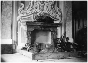 774: Vermani v akciji proti partizanom, med počitkom v gornjegrajskem gradu, junij 1942, foto Veit.