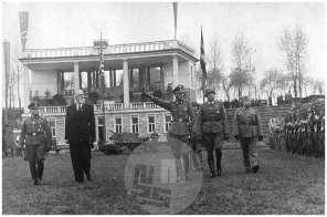 854/a: Prisega domobrancev na štadionu za Bežigradom, Ljubljana, 20. 4. 1944.
