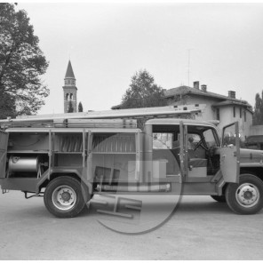 EP5282_7: Gasilsko vozilo Avtoobnove iz Nove Gorice, november 1961, foto Rudi Paškulin.
