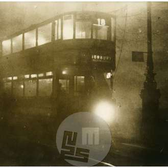 SL5333: London; metropola, mestni promet, dvonadstropni tramvaj ponoči v megli, press photo nachrichtendienst, Berlin.