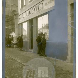 SL5472: Uredništvo časopisa Slovenec v Mariboru.