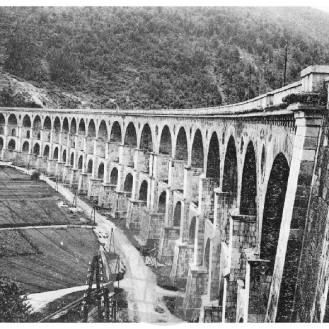 SL913: Pogled na borovniški viadukt.