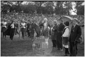 Nogometna tekma novinarji : gledališki igralci, Ljubljana, junij 1951.