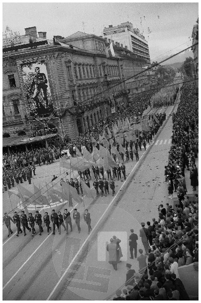 mš202_2: Prvomajska parada v Ljubljani, 1.5.1960, foto Marjan Ciglič.