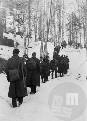 14. divizija na poti proti gradu Lindek pri Slovenskih Konjicah 15. februarja 1944. Foto: Jože Petek