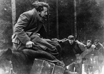 Pri preboju sovražnikovih položajev na cesti Šoštanj-Črna dne 22. februarja je bil ranjen politični komisar Franc Šlajpah-Aki, ki so ga nato Nemci ujeli in ubili. Foto: Jože Petek