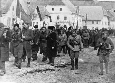 Bračičeva brigada v Čazmi 17. januarja 1944. Foto: Jože Petek