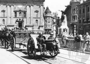 Parada italijanske vojske v Ljubljani, junij 1941, Ljubljana, foto: Jakob Prešeren.