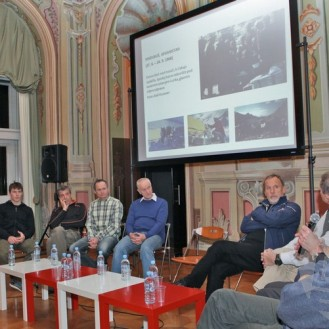 Muzejski večer posvečen odpravarstvu od Aleša Kunaverja do današnjih dni. 8. 1. 2015, foto: arhiv MNZS.