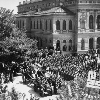 13763-c: Italijanska parada v Ljubljani, 1941, foto: naznan.