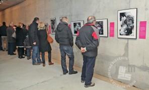 Obiskovalci na razstavi, foto: Sarah Poženel.