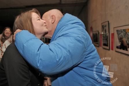 """""""Kolegialni poljub"""", foto: Sarah Poženel."""
