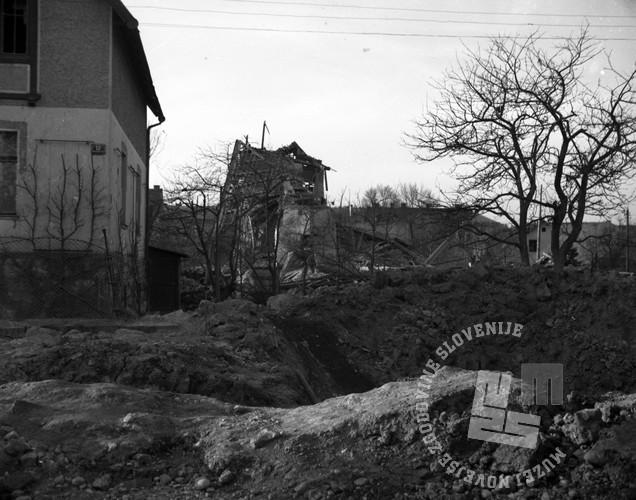 P_293: Pavličeva vila na takratni Marmoniovi 11. 20. marec 1945, foto: dr. Jakob Prešern.