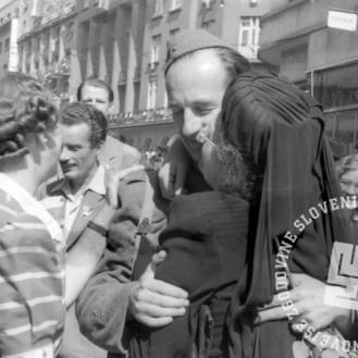 TN1464: Ob osvoboditvi Ljubljane, 9. maj 1945. Foto: Rudi Stopar.