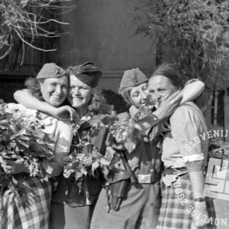 FS2247_27: Ob osvoboditvi Maribora, 10. maj 1945. Foto: Marijan Pfeifer, st.