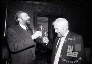 volitve 90 _2: Dimitrij Rupel in Hubert Požarnik, foto: Tone Stojko, hrani: MNZS.