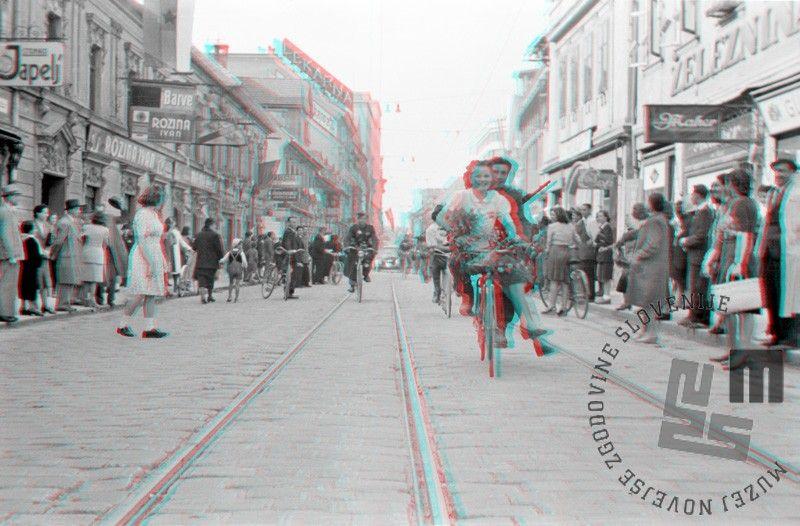 FS2176_14a: Na Dunajski cesti, današnji Slovenski cesti, 9. maj 1945. Foto: Maksimiljan Zupančič. On Dunajska (cesta) Street, today's Slovenska (cesta) Street, May 9th 1945. Photo: Maksimiljan Zupančič.