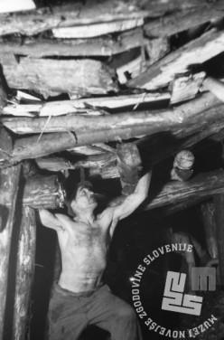 FS3025_22: Motiv rudarja v Rudniku Trbovlje, januar 1946, foto: Marijan Pfeifer.