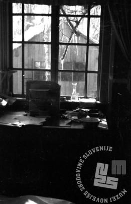 TN1227_3: Bolnica Spodnji Hrastnik. Pogled iz uprave na veliko barako. November 1944. Foto: dr. Janez Milčinski - Peter.