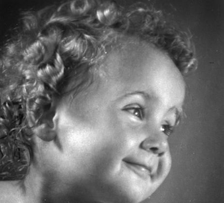 """BŠ525_006: Tekmovalna fotografija """"GAMINE""""..leto 1949 / 1950."""