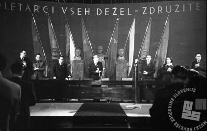FS4598_1: Predsedstvo drugega kongresa Komunistične partije Slovenije. Ljubljana, 11. november 1948.