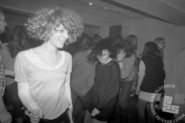 4.5.1982 Disco Študent, Ljubljna, foto: Janez Bogataj, fond Janeza Bogataja, hrani MNZS.