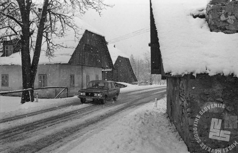 DE7895_6: Snežna podoba Slovenije, 26. april 1979. Foto Miško Kranjec, arhiv časopisne hiše Delo, hrani: MNZS.