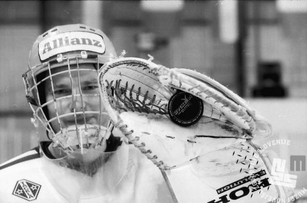 NB9103_177: Svetovno prvenstvo skupine B v hokeju na ledu marec-april 1991. Foto: Nace Bizilj.