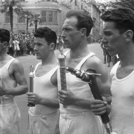 DE1252: Sprejem Titove štafete. Ljubljana, 1957. Foto: Miloš Švabić.