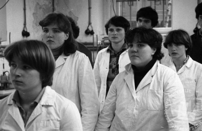 Minuta molka za Josipa Broza Tita, Ljubljana, 4. maj 1981. Foto: Miško Kranjec.