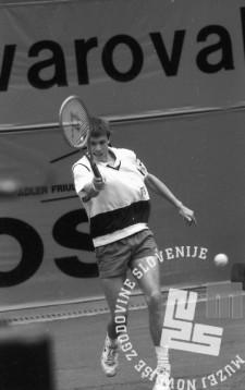 NB9105_12: Andrej Olhovski, finale »Slovenia Open«. 12.5.1991, Domžale. Foto: Nace Bizilj.