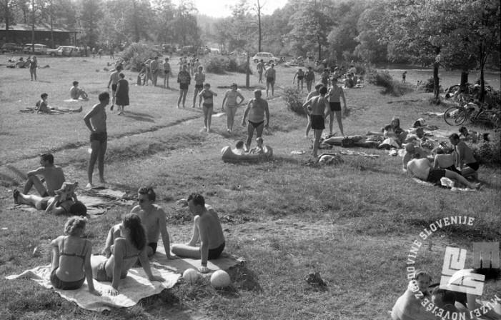 Ob Sori, junij 1966. Foto: Marjan Ciglič.