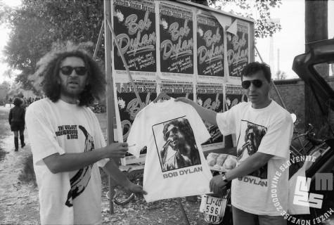 NB9106_4: Koncert Boba Dylana na bežigrajskem stadionu, Ljubljana 10.6.1991. Foto: Nace Bizilj.