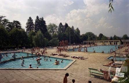 EPC3199_3: Zdravilišče Dolenjske Toplice, Maj 1977. Foto: Rudi Paškulin, hrani: MNZS.