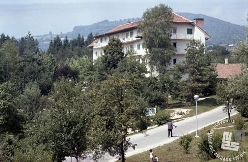 EPC3263_2: Šmarješke toplice, julij 1970. Foto: Rudi Paškulin.