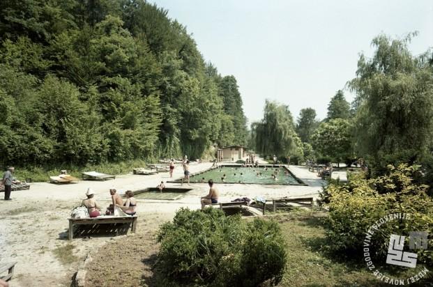 EPC3264_1: Šmarješke toplice, julij 1970. Foto: Rudi Paškulin.
