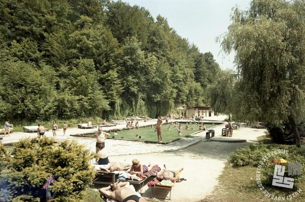 EPC3264_3: Šmarješke toplice, julij 1970. Foto: Rudi Paškulin.