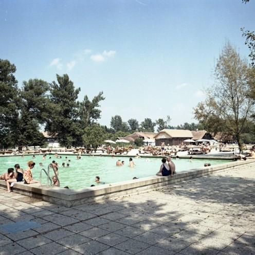 EPC3265_1: Čateške toplice, julij 1970. Foto: Rudi Paškulin.
