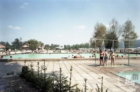 EPC3266_1: Čateške toplice, julij 1970. Foto: Rudi Paškulin.