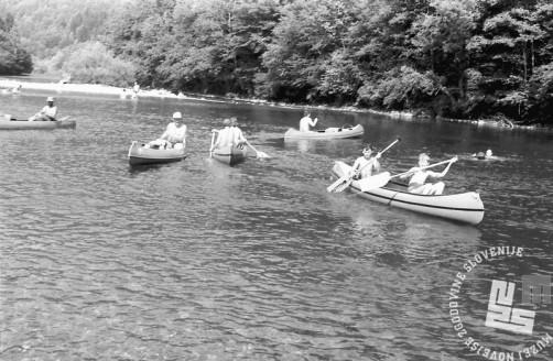 MC9107_16: Kanuji na Kolpi, 20.-25.7.1991. Foto: Marjan Ciglič.