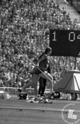 ES1667-52: Slovenska metalka kopja Nataša Urbančič je s petim mestom dosegla najboljši slovenski rezultat med posamezniki na igrah. 2. 9. 1972.