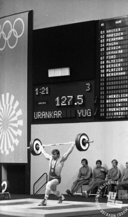 ES1732_4: Slovenski dvigovalec uteži Jože Urankar je v poltežki kategoriji zasedel 16. mesto. 2. 9. 1972.