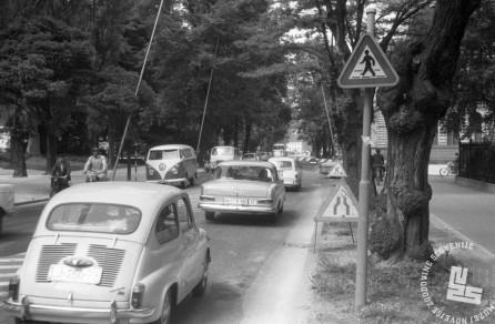 MC6608: Prešernova cesta v Ljubljani, avgust 1966. Foto: Marjan Ciglič.