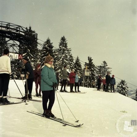 EPC2800_7: Pohorje, februar 1969. Foto: Janez Lapmič.