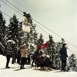 EPC2800_8: Pohorje, februar 1969. Foto: Janez Lapmič.