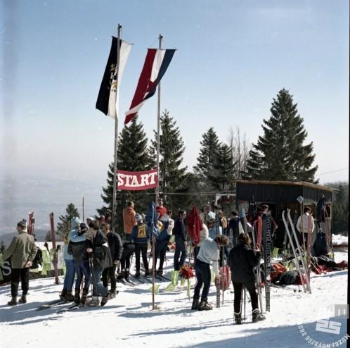 EPC3473_9: Pohorje, marec 1971 . Foto: Rudi Paškulin.