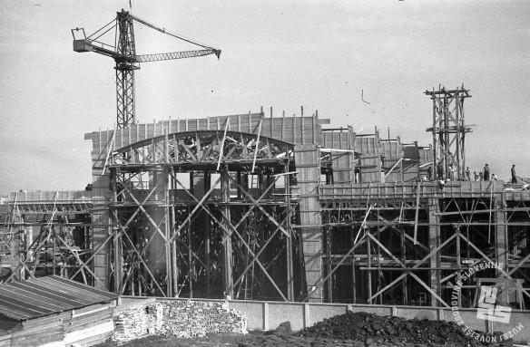 FS3507_6: Prvi objekt nove tovarne, 6. oktober 1946. Foto: Viktor Kramar, hrani: MNZS